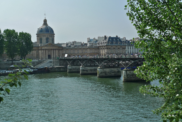 The Pont des Arts Image Credit: Soundlandscapes